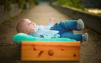 ¿Comprar, pedir prestados o alquilar artículos para bebés?